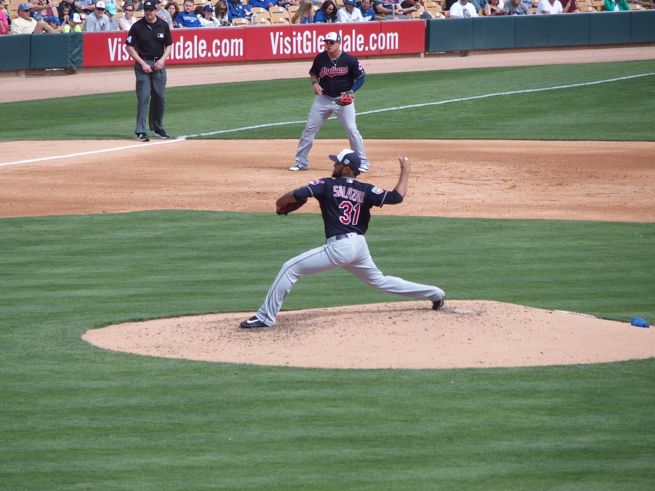 Salazar pitches to the Dodgers on Tuesday, March 7